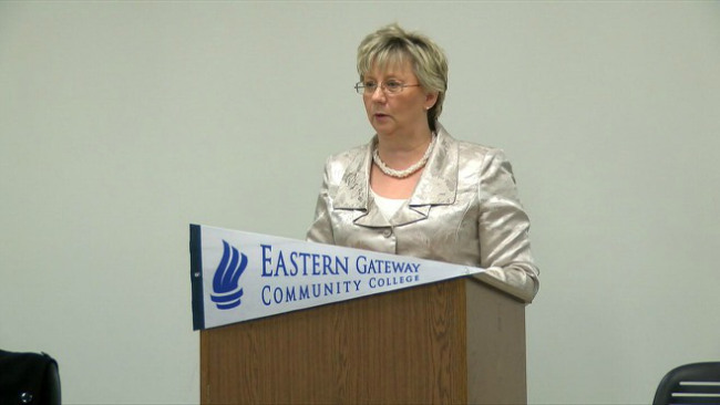 Eastern Gateway presidential finalist visits Youngstown campus_32849