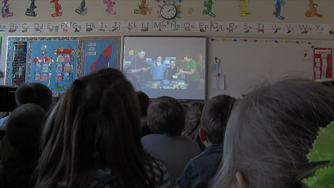 1st graders at South Range Elementary took a virtual tour on monday_35077