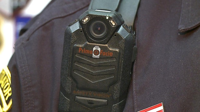 Body cameras for officers_37187