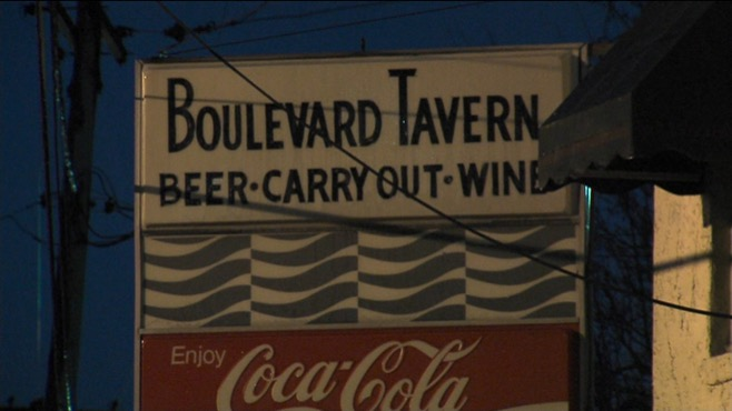 Boulevard Tavern closing in Youngstown_36411