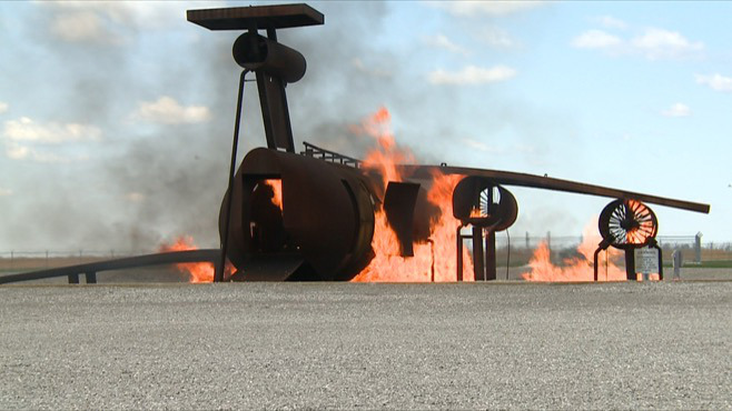 Plane on fire_38487