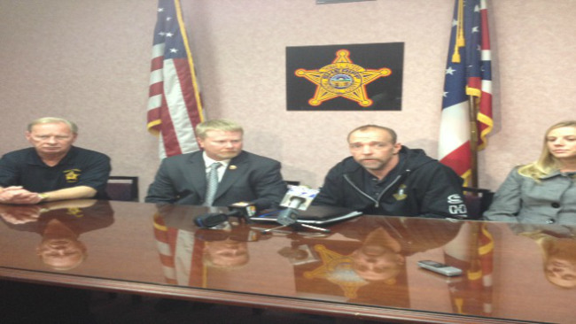 Leaders in Trumbull County, Ohio met Thursday to talk about the local heroin problem._37013