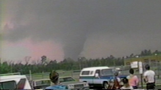 1985 tornado remembered by one valley native who caught it on video_42344