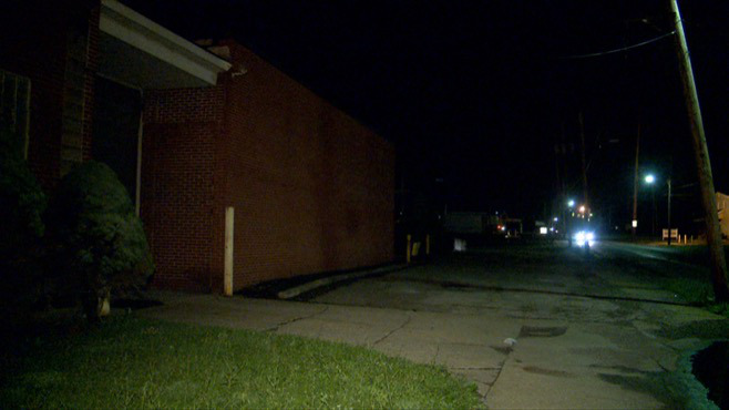 A man was shot and killed on Indianoloa Ave. in Youngstown, Ohio._47733