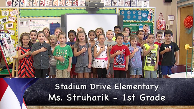 Ms. Socie's Stadium Elementary kindergarten class reciting the Pledge of Allegiance._52977