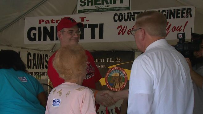 Ted Strickland campaigns at Canfield Fair_50704