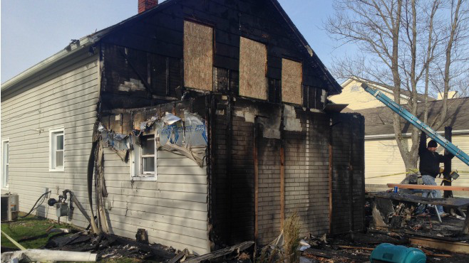 Five fire departments put out house fire in Howland_62065