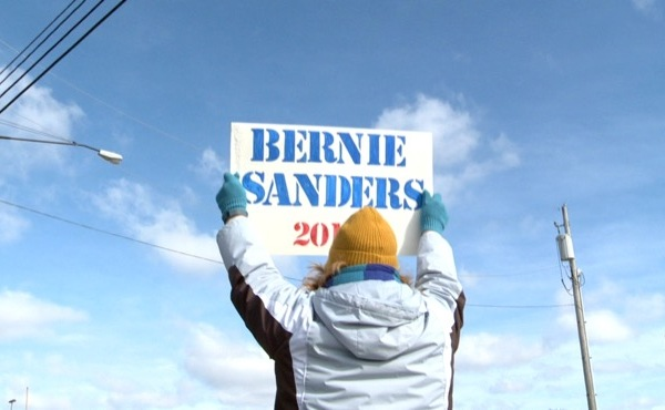 Supporters march in Boardman for Bernie Sanders_65389