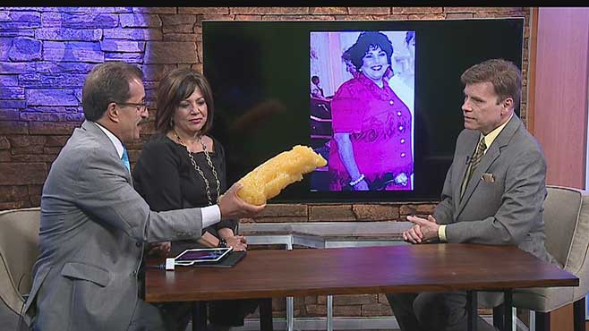 Dr. Shayesteh showing 5 pounds of fat
