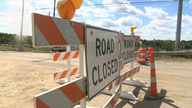 Road Closed signs, Aug. 24, 2015_81378
