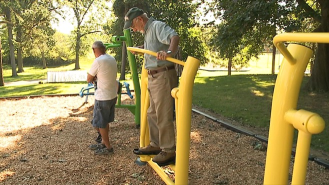 Outdoor fitness equipment, Youngstown_94257