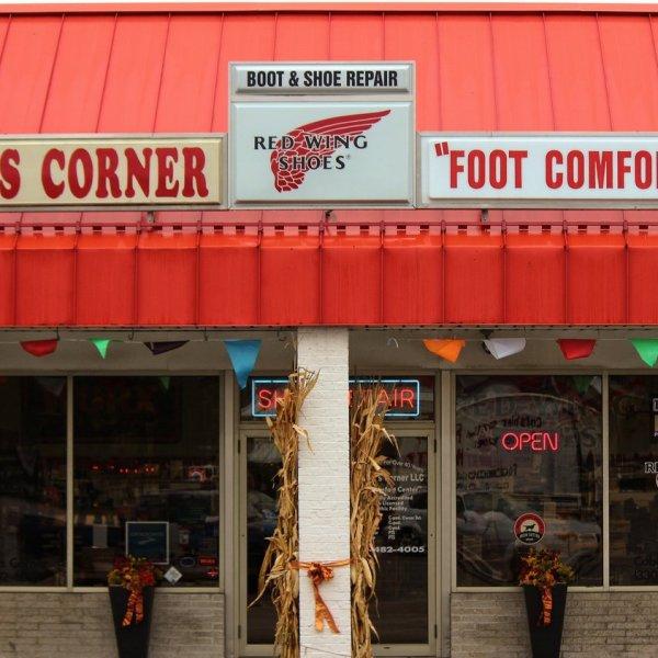 Cobbler's Corner storefront
