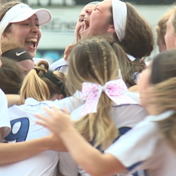 Poland softball stuns Field with 7th inning comeback