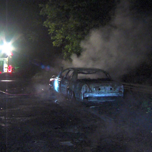 Youngstown stolen car fire1