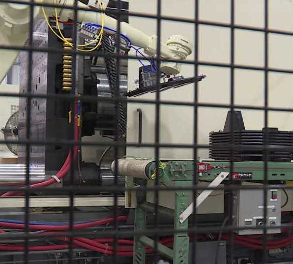 Venture Plastics new robotic arm
