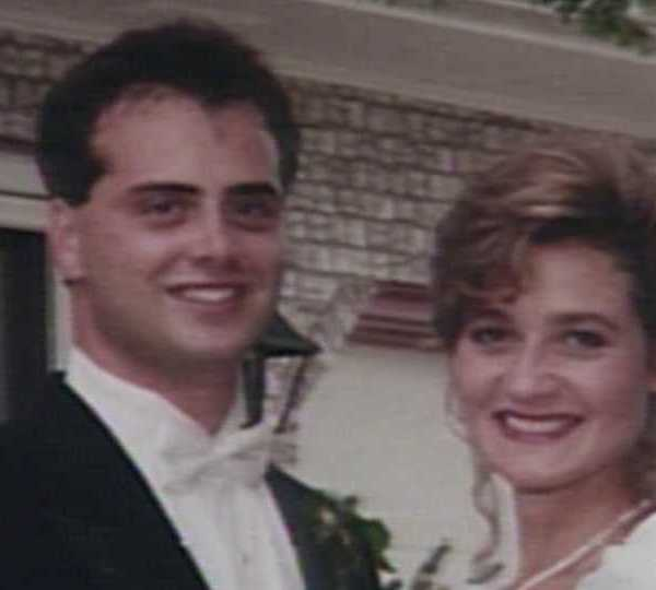Wedding photo of Anthony and Paula Rich, victims in flight 427 crash.