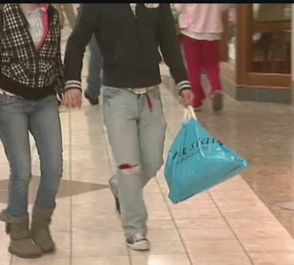 Teens dating, Len Rome's Local Health